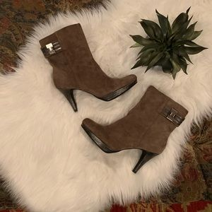 Bandolino Mink Suede Ankle Boots 🌵